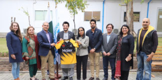 UNHCR partnership with Peshawar Zalmi