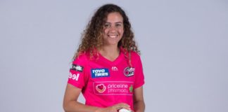 Sydney Sixers: Hughes receives Breakers contract