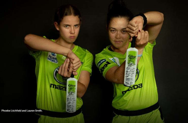 Sydney Thunder: Girls' special gift to youngest members