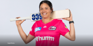 Sydney Sixers: Sixers Retain reakes for a further season