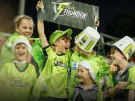 Sydney Thunder back to second home for double in BBL|11